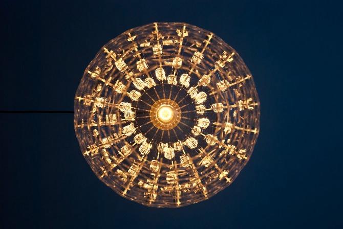 design lampe pinecone von hello sailor aus d nemark. Black Bedroom Furniture Sets. Home Design Ideas