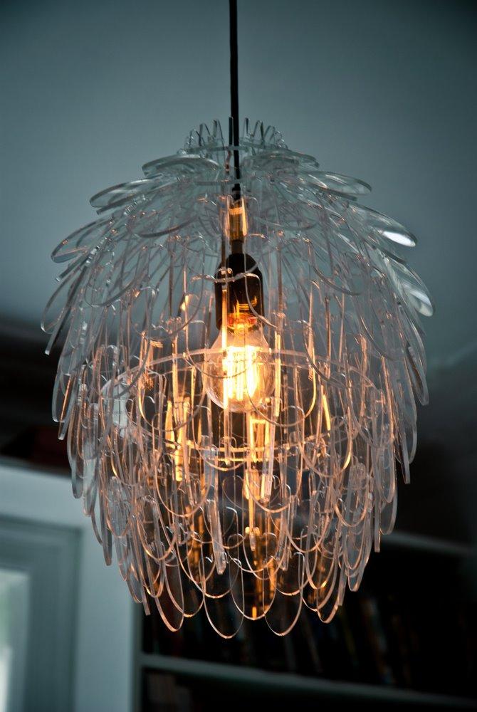 Pinecone Mini Design Deckenlampe aus transparentem Plexiglas
