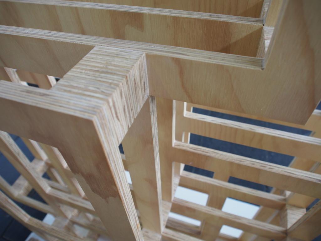 """Detail Holzregal """"Frames"""" von Gerard de Hoop"""
